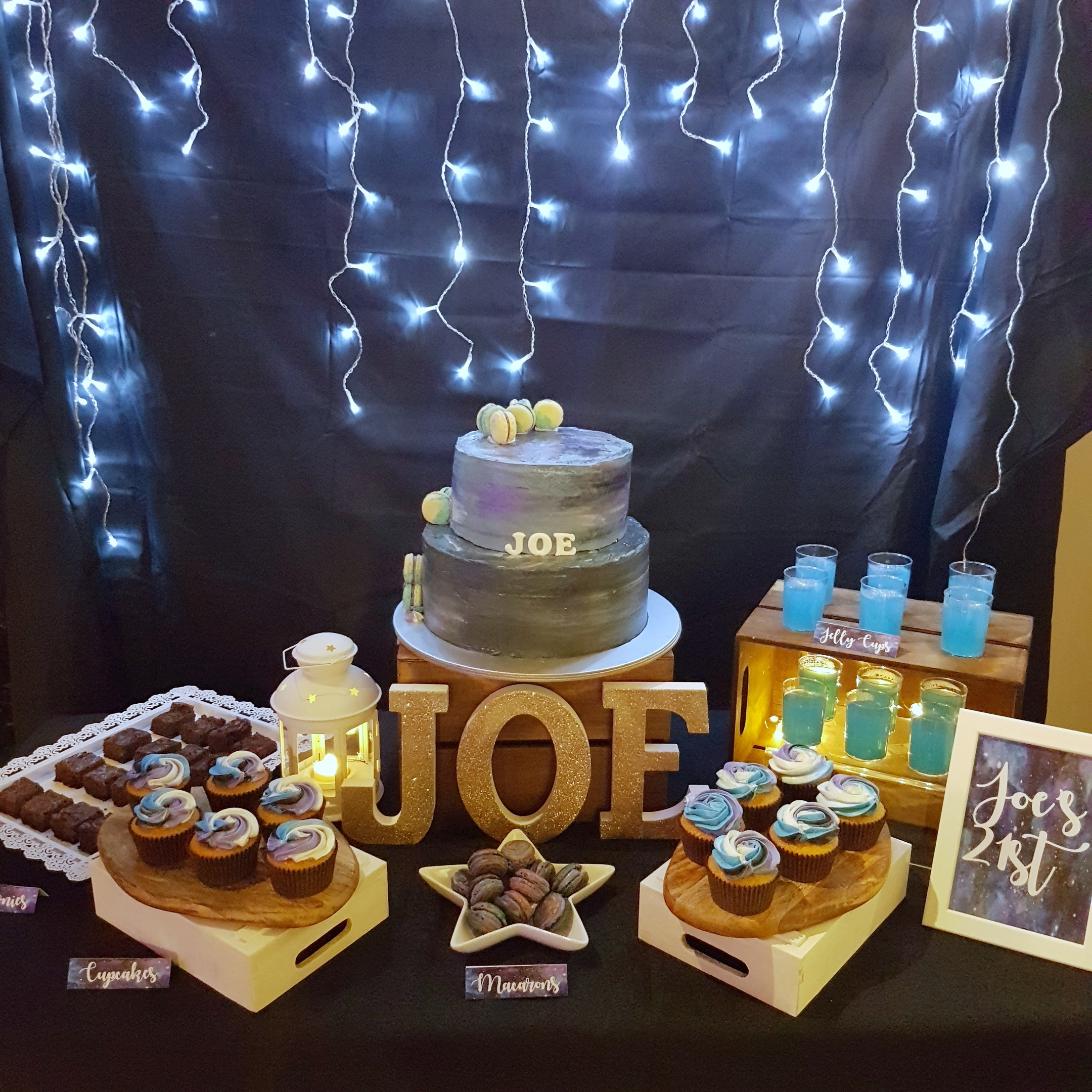 Galaxy dessert table